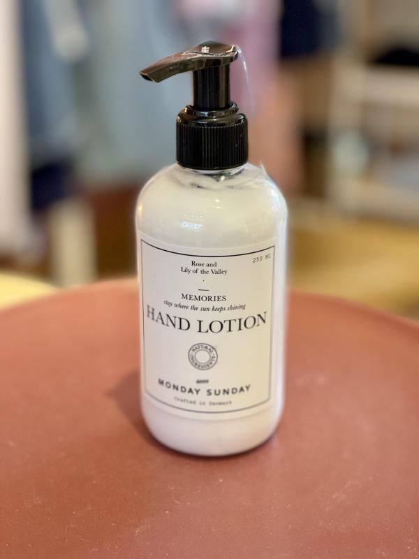 Memories_Hand_Lotion_250ML
